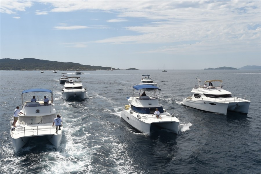 fountaine-pajot-motor-yachts-porquerolles-3
