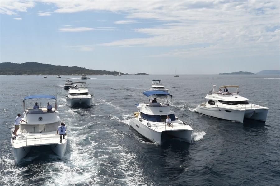 fountaine-pajot-motor-yachts-porquerolles-3