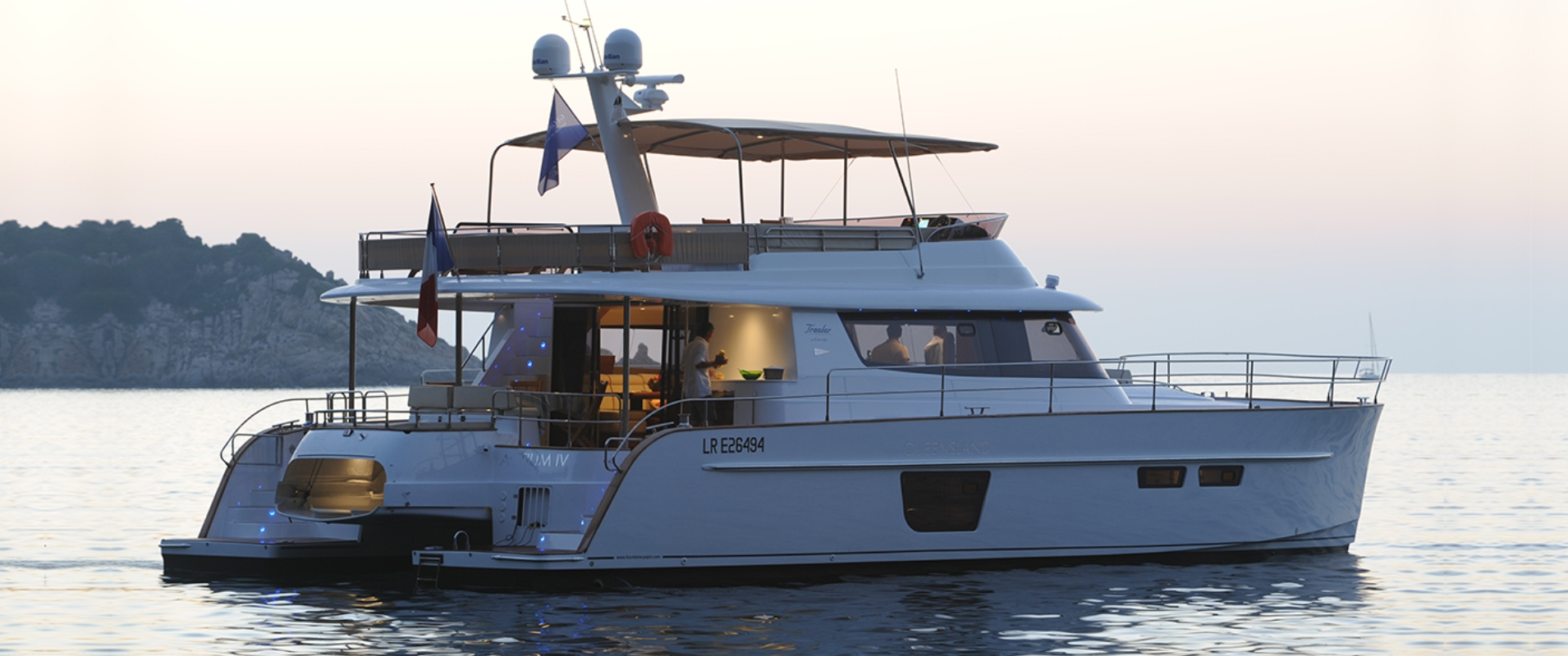 Catamaran Yacht Queensland My 55 Fountaine Pajot